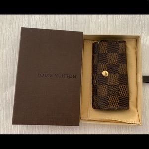 Louis Vuitton Keyholder
